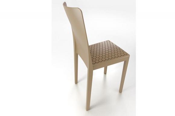 Ms4 καρέκλα Calligaris σε χρώμα μπεζ από 170 ευρώ στα 95 ευρώ ανά τεμ
