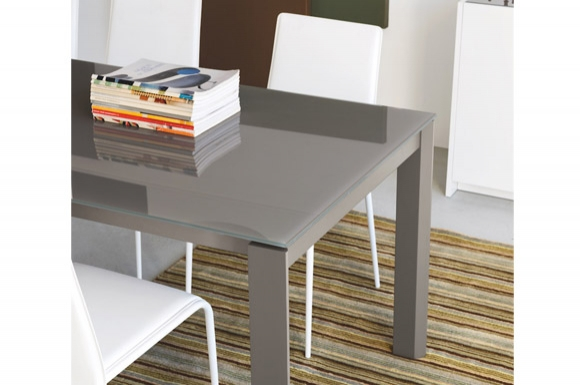 Eminence τραπέζι με ξύλινα/λακαριστά πόδια Connubia by Calligaris