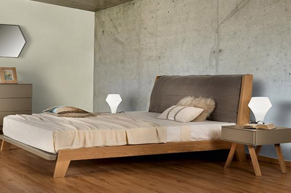 Seventie's κρεβάτι με ίσια μαξιλάρα