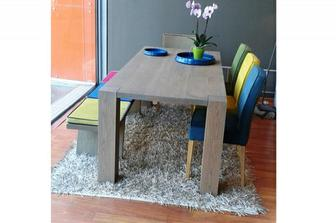 Legno μασίφ τραπεζαρία σε προσφορά μαζί με πάγκο και καρέκλες από 3560 ευρώ στα 2100 ευρώ