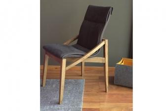 Domino καρέκλα 6/άδα σε προσφορά από 1800 ευρώ στα 1180 ευρώ
