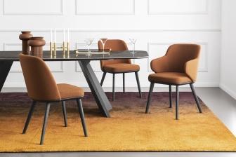 Foyer καρέκλα και καρεκλοπολυθρόνα με ξύλινα πόδια Calligaris