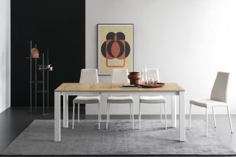 Duca τραπέζι με ξύλο ή κρύσταλλο και τέσσερα μεταλλικά πόδια Calligaris