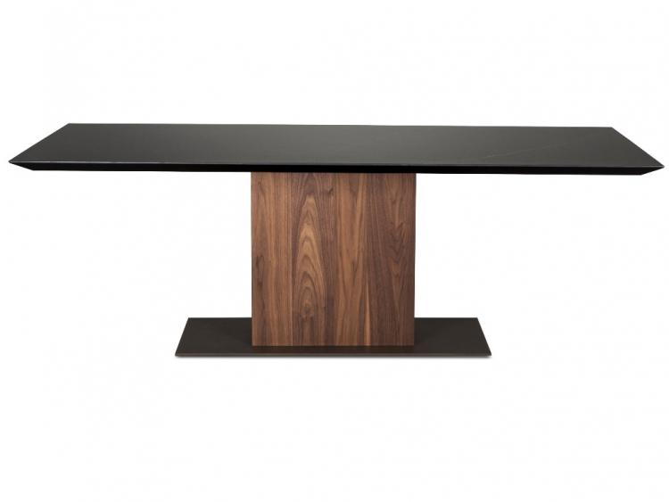 Plusone τραπέζι με ξύλινο πόδι