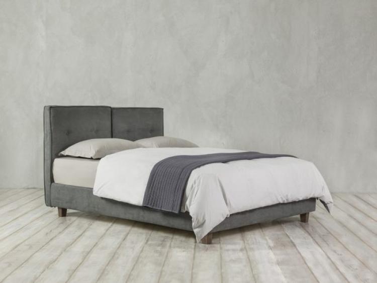 Velvet κρεβάτι