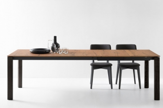 Eminence τραπέζι κουζίνας με πέτρα, ξύλο ή κρύσταλλομε ξύλινα πόδια Connubia by Calligaris