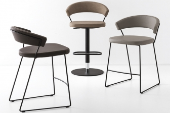 Νew York σκαμπό Connubia by Calligaris