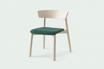Clelia ξύλινη καρέκλα με ύφασμα Connubia by Calligaris