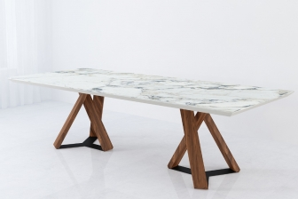 Done τραπέζι με κεραμική επιφάνεια