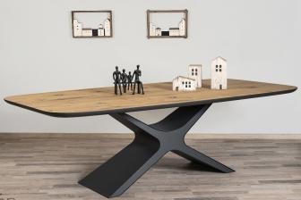 More τραπέζι με  ξύλινη επιφάνεια
