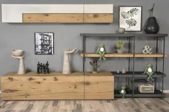 Box σύνθεση μέταλλο και ξύλο