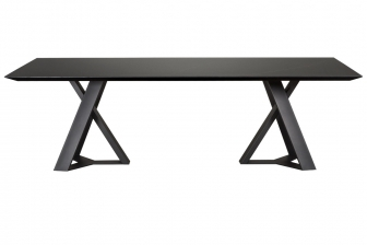 Done τραπέζι με κεραμική επιφάνεια και μεταλλικά πόδια
