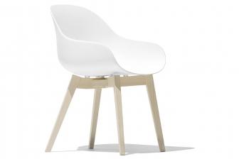 Academy καρεκλοπολυθρόνα με ξύλινα πόδια Connubia by Calligaris
